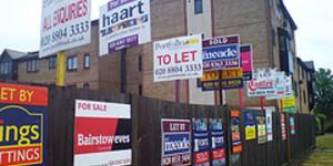 London Property Prices Break £300K