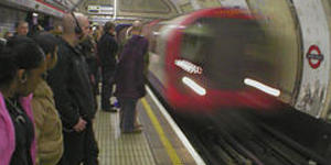 Tube Safety Fears Cause Chaos