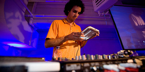 Review: Four tet Headlines Eat Your Own Ears Series