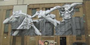 Random Graffiti Of The Week: Big Art Special