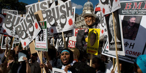 Anti Bush Protest in Pictures