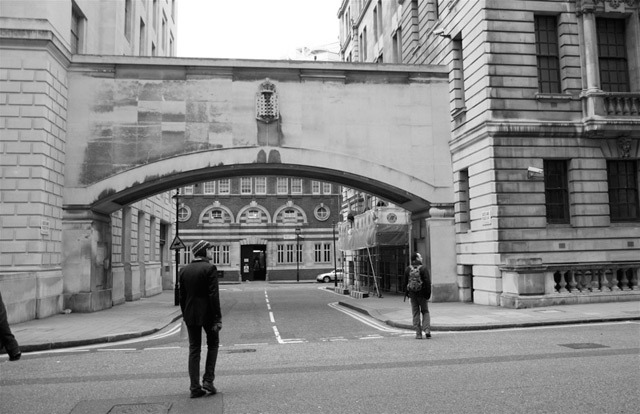 Patterson reckoned a statue of James II was down Whitehall Place. We didn't find one. Photo by Conrad.