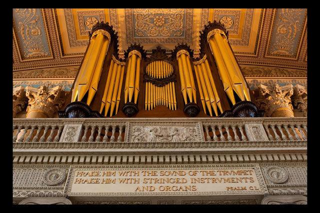 Greenwich Hospital Chapel's organ, as noted by Patterson. By Brett.