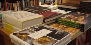 Biblio-Text: Books For Cooks
