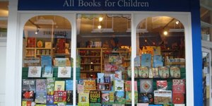 Biblio-Text: The Lion & Unicorn Bookshop