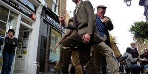 Morris Men Celebrate The Return Of GMT