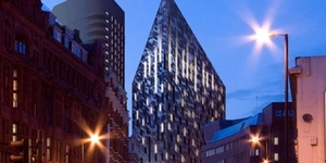Diamond Shaped Hotel For City Road