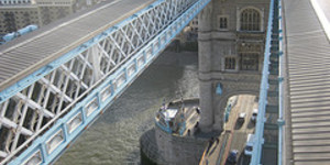 Is There A Mnemonic For Remembering London's Bridges?