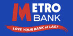 Metro Bank Opens In Holborn