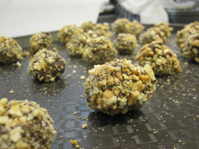 Our finished truffles ready for packing and eating (though maybe not both).