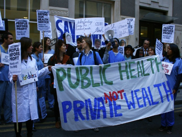 March Against Privatisation Of NHS | Londonist