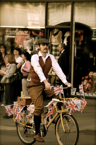 Preview: Tally Ho! Vintage Cycle Tours