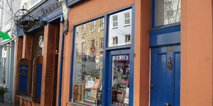 Notting Hill's Travel Bookshop About To Close