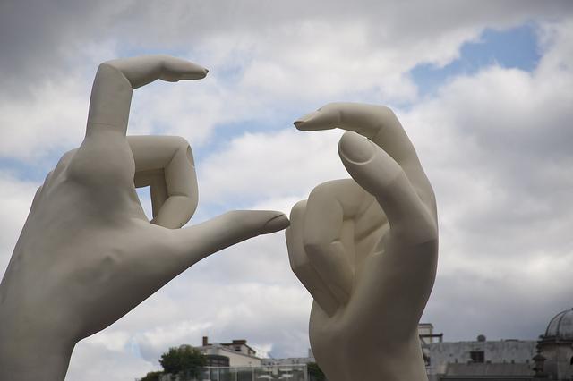 whitehands1.jpg