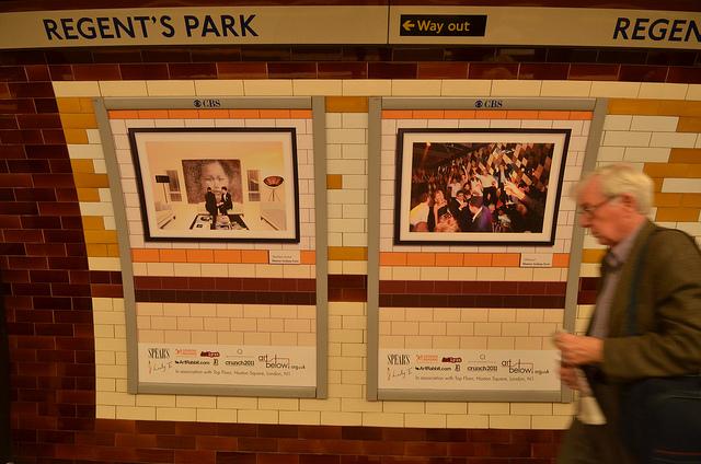 Eleanor Lindsay-Flynn's Yellow Faces at Regent's Park tube station