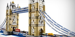 Santa's Lap: A Giant Model Of Tower Bridge Made From LEGO