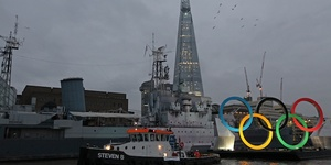 Giant Olympic Rings Float Down Thames