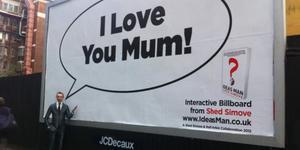 """London Inventor Unveils """"World's First Interactive Billboard"""""""