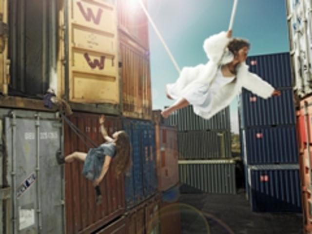 phil-fisk_circus-containers_low-res_640x480.jpg