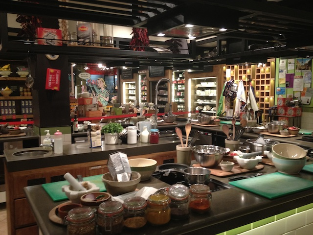 Cooking Lessons @ Jamie Oliver\'s Recipease | Londonist