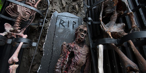 London Dungeon Moving West