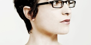 Comedy Review: Helen Arney -- Voice Of An Angle @ Soho Theatre