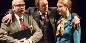 Theatre Review: This House @ National Theatre