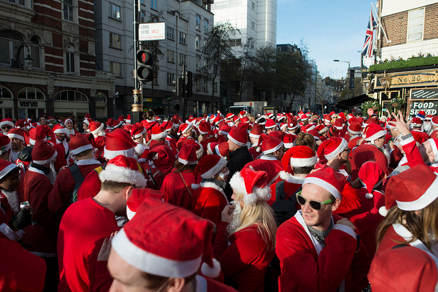 What's the collective noun for that many Santas? Photo by worldoflard