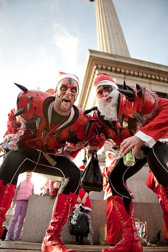 Scary Santas by joesfer