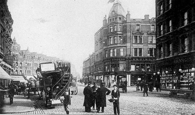 Arding & Hobbs, near Clapham Junction, as seen in 1908. It was at one point the largest department store south of the Thames. It is now a branch of Debenhams.