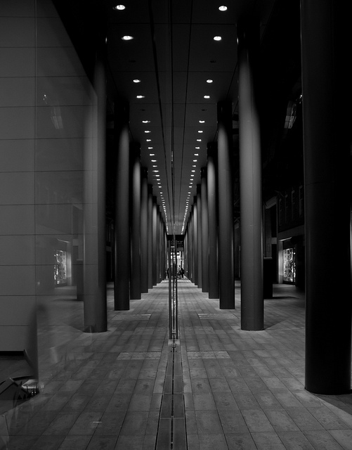 Reflecting Pillars