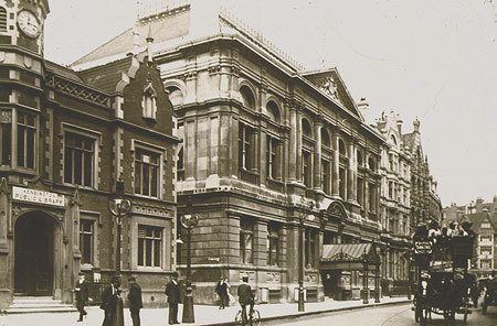 Kensington Town Hall, pictured in 1905. The building dates from 1880. It was demolished in 1982 under the orders of  Nicholas Freeman, Conservative leader of Kensington & Chelsea council, hours before it was due to be listed.