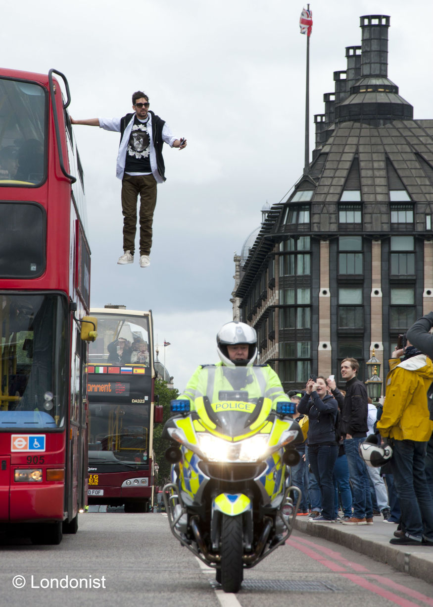 Gallery: Dynamo Performs Bus Levitation Stunt On Westminster Bridge