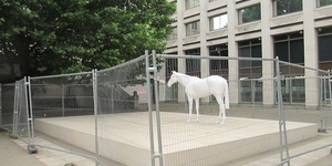 London's Statues Caged!