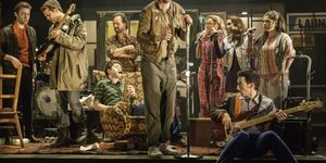 Flash Sale On Top Price Tickets For The Commitments