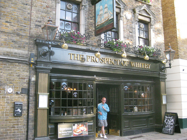 The Best Pubs On The River Thames