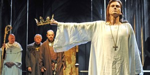 King Of Grief: David Tennant In Richard II At The Barbican