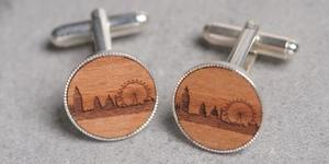 Santa's Lap: Wooden London Skyline Gifts