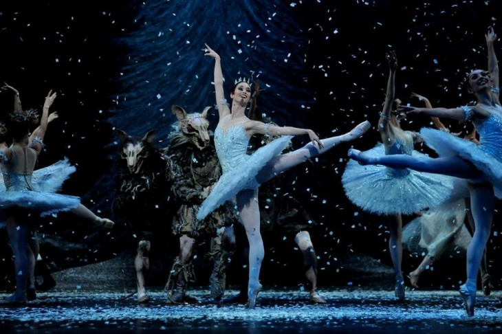 English National Ballet in the Nutcracker. Image: Annabel Moeller