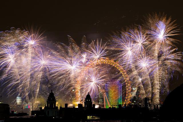 Hello, 2014! London New Year Fireworks | Londonist