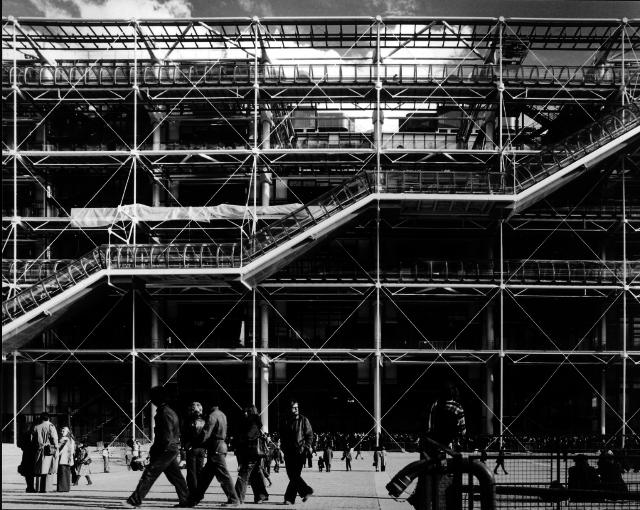 Pompidou Centre, Paris, 1977, Renzo Piano and Richard Rogers (Image Courtesy of Martin Charles RIBA Library Photograph Collection, RIBA)