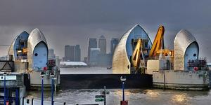 Mayor Asks For Review Of Thames Barrier