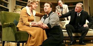 Relative Values: Noel Coward's Uneasy Celebration of Hierarchy