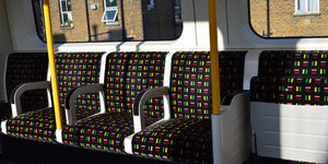10 Really Stupid Things To Do On The Tube