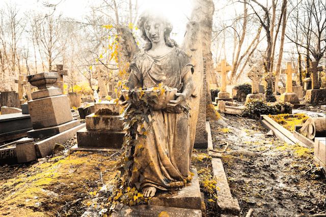 Highgate Cemetery lights by Torsten Reimer on Flickr