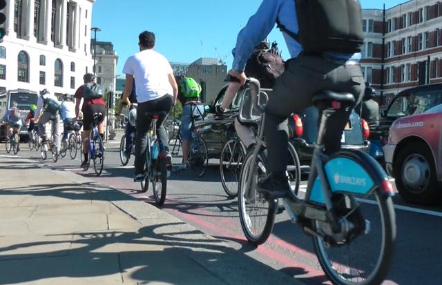 Barclays bike commuter near Black Friars Bridge