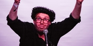 Comedian John Kearns Returns Home To London After Edinburgh Triumph