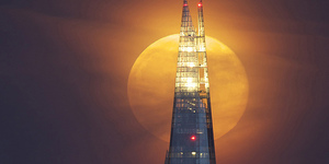 Wanted: Short Stories About London At Night
