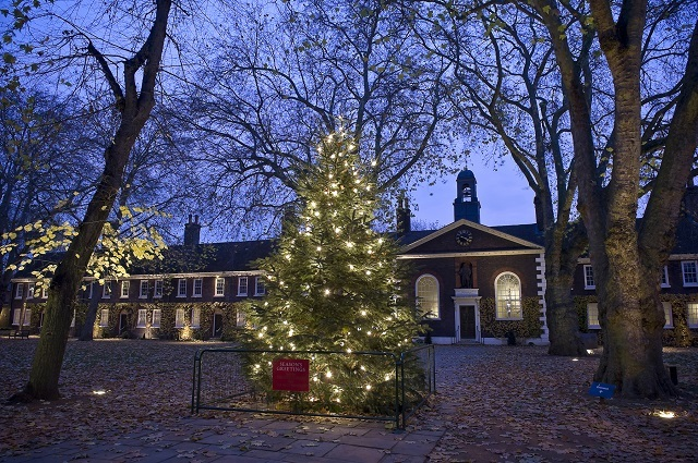 Geffrye Museum Conjures Ghosts Of Christmas Past