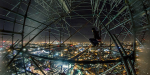 Freerunning Climber Shows Us The Best Views In London